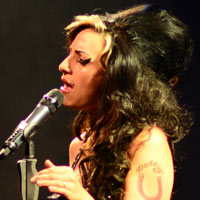 Tania Alboni as Amy Winehouse - click to enlarge